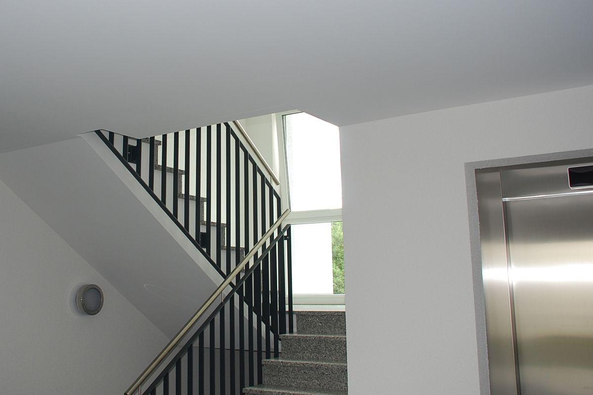 Treppenhaussanierung Udo Kohler Akustik Trockenbau Bodenbelage In